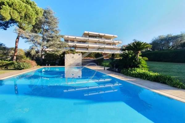 ROQUEBRUNE-CAP-MARTIN - Annonce Appartement à vendre3 pièces - 77 m²