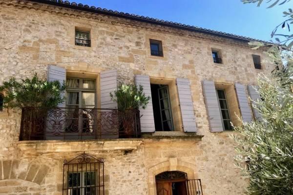 UZÈS - Annonce Maison à vendre9 pièces - 360 m²