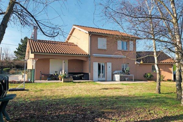 MONTCEAUX - Annonce Maison à vendre5 pièces - 132 m²