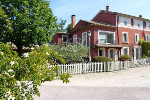 CHATEAUNEUF-DE-GADAGNE - Annonce maison à vendre