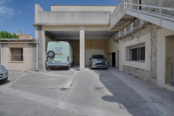 AVIGNON - Annonce Maison à vendre8 pièces - 380 m²