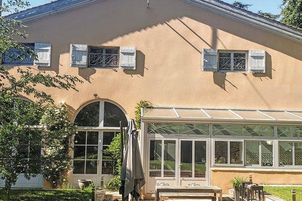 FAREINS - Annonce Maison à vendre6 pièces - 206 m²
