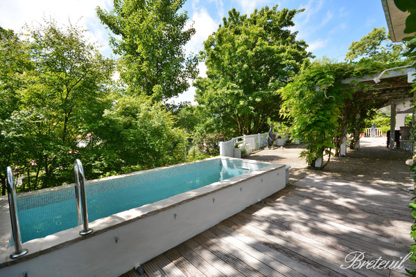 ANGLET - Advertisement House for sale10 rooms - 340 m²