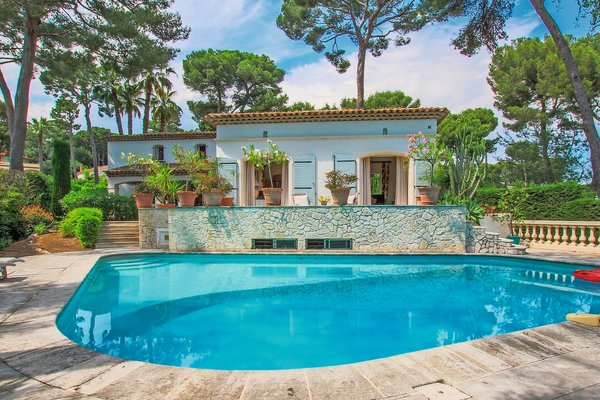 CAP D'ANTIBES - Annonce Maison à vendre7 pièces - 300 m²