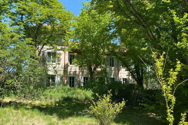GRAMBOIS - Annonce Maison à vendre21 pièces - 450 m²