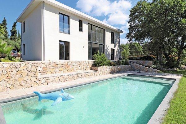 ROQUEFORT-LES-PINS - Annonce Maison à vendre5 pièces - 178 m²