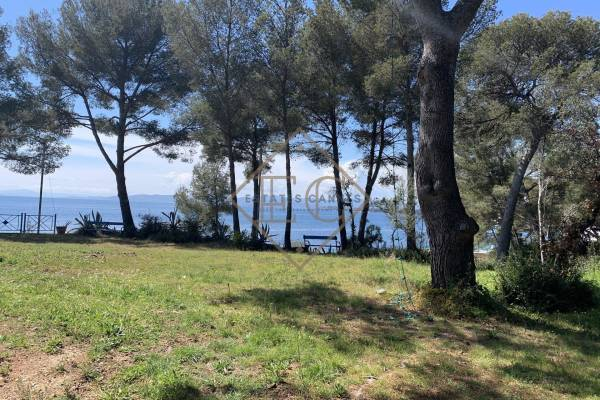 AGAY - Advertisement building plot for sale