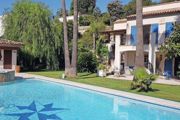 VALLAURIS - Annonce Maison à vendre8 pièces - 330 m²