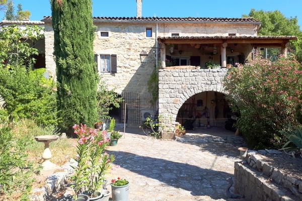 RUOMS - Annonce Maison à vendre10 pièces - 225 m²