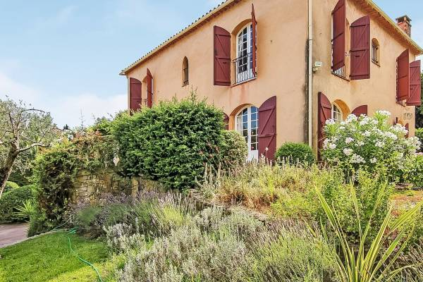 LE ROURET - Annonce Maison à vendre6 pièces - 240 m²