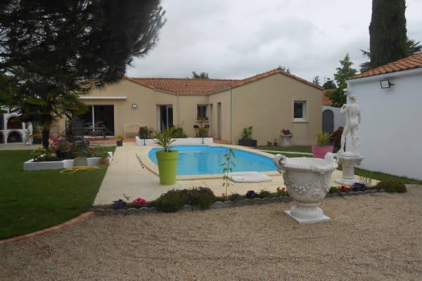 GENESTON - Annonce Maison à vendre5 pièces - 120 m²