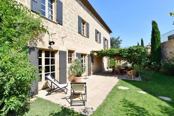 UZÈS - Annonce Maison à vendre10 pièces - 250 m²