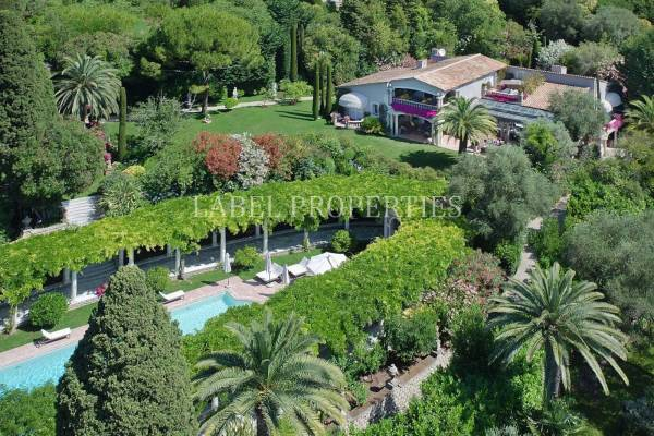 CANNES - Advertisement House for sale8 rooms - 720 m²