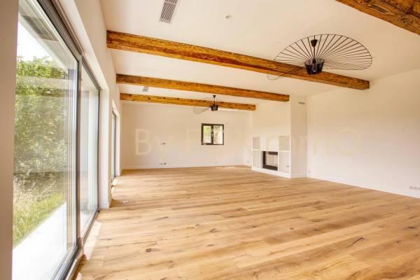 TOURRETTES-SUR-LOUP - Annonce Maison à vendre9 pièces - 310 m²