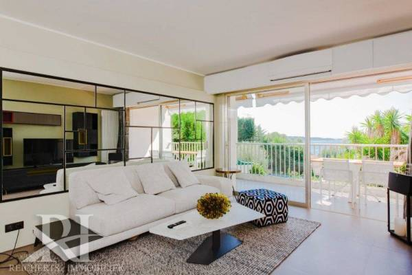 CANNES - Advertisement Apartment for sale4 rooms - 111 m²