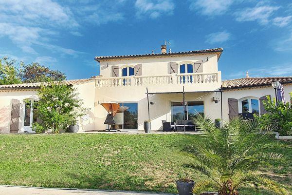 MARTIGNARGUES - Annonce Maison à vendre6 pièces - 220 m²