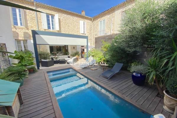 CHATEAURENARD - Annonce Maison à vendre7 pièces - 240 m²