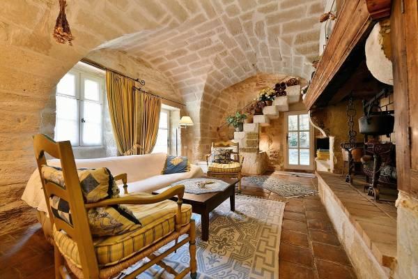 UZÈS - Annonce Maison à vendre6 pièces - 190 m²