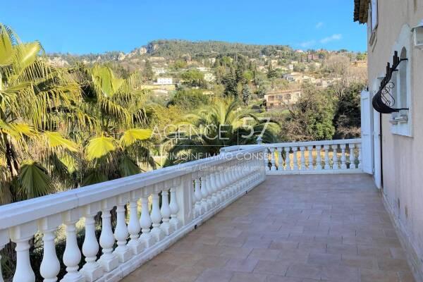 GRASSE - Annonce Maison à vendre8 pièces - 373 m²