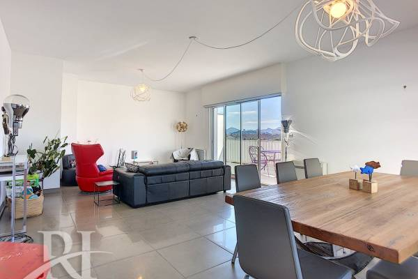 CANNES - Advertisement Apartment for sale3 rooms - 105 m²