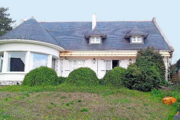 LA TURBALLE - Annonce Maison à vendre8 pièces - 200 m²