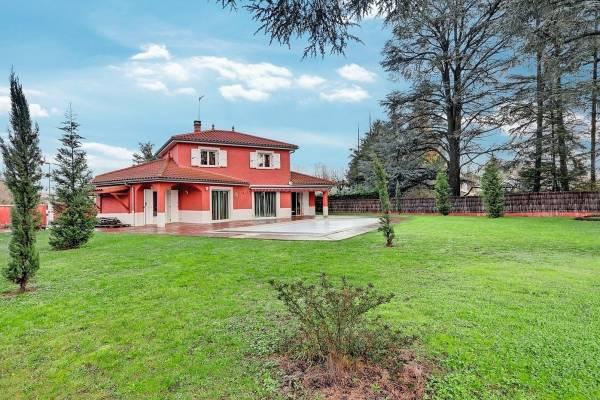 CHARBONNIÈRES-LES-BAINS - Annonce Maison à vendre5 pièces - 133 m²