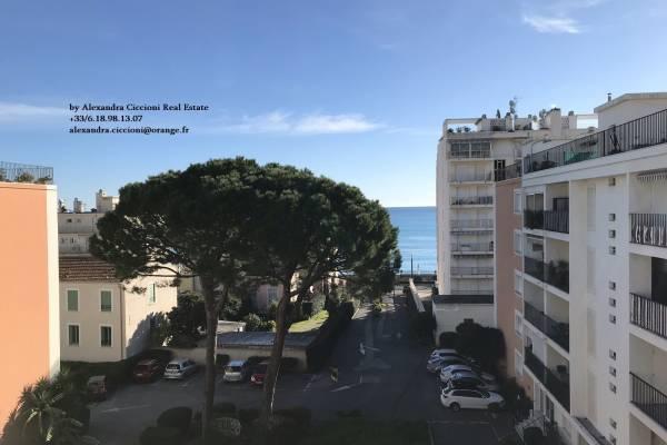 ROQUEBRUNE-CAP-MARTIN - Advertisement apartment for sale