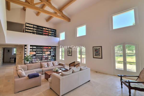 LOURMARIN - Annonce terrain à vendre12 pièces - 1000 m²