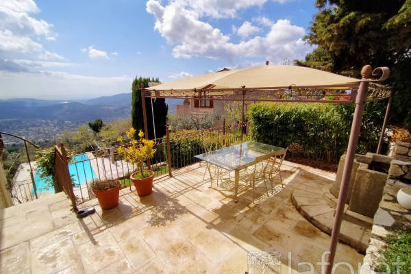 CABRIS - Advertisement House for sale7 rooms - 200 m²