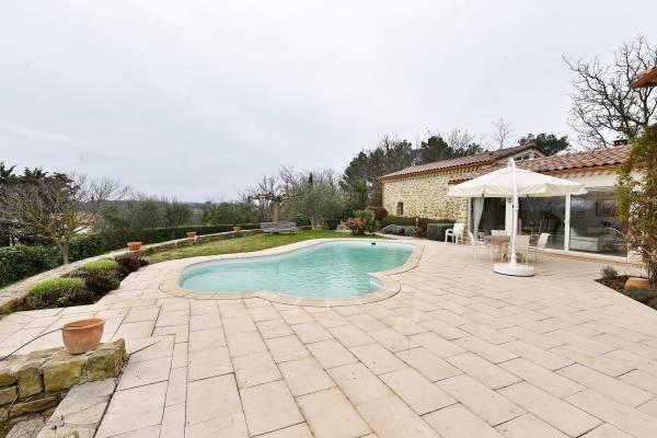 UZÈS - Annonce Maison à vendre6 pièces - 150 m²
