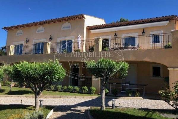 PEYMEINADE - Advertisement House for sale6 rooms - 300 m²