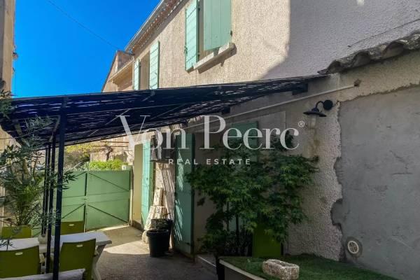 MAUSSANE-LES-ALPILLES - Annonce Maison à vendre5 pièces - 183 m²
