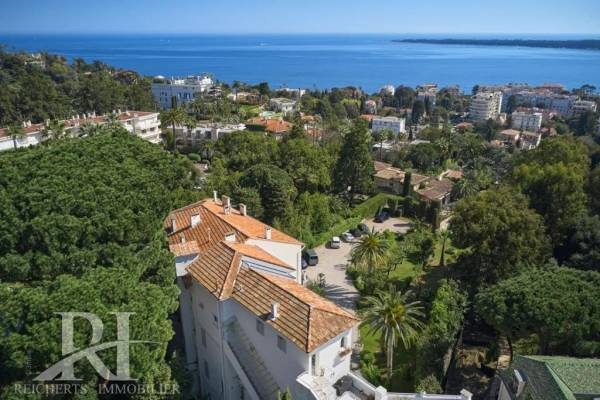 CANNES - Advertisement Apartment for sale4 rooms - 130 m²