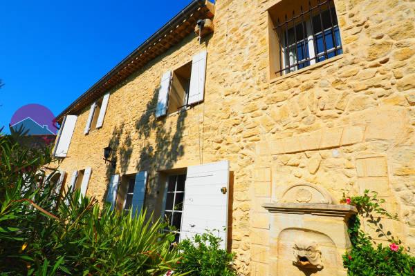PERNES-LES-FONTAINES - Annonce maison à vendre
