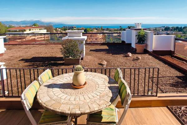 ANTIBES - Advertisement apartment for sale