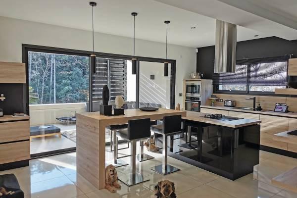 MONTÉLIMAR - Advertisement House for sale180 m²