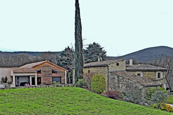 MIRMANDE - Advertisement House for sale