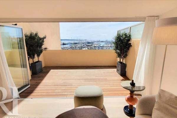 CANNES - Advertisement Apartment for sale4 rooms - 109 m²