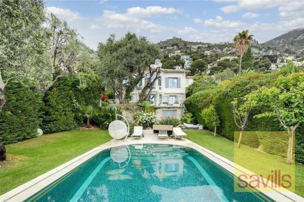 EZE - Advertisement House for sale4 rooms - 160 m²