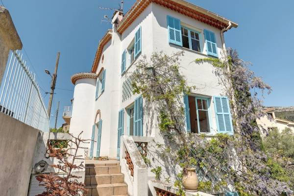 VENCE - Advertisement House for sale8 rooms - 200 m²