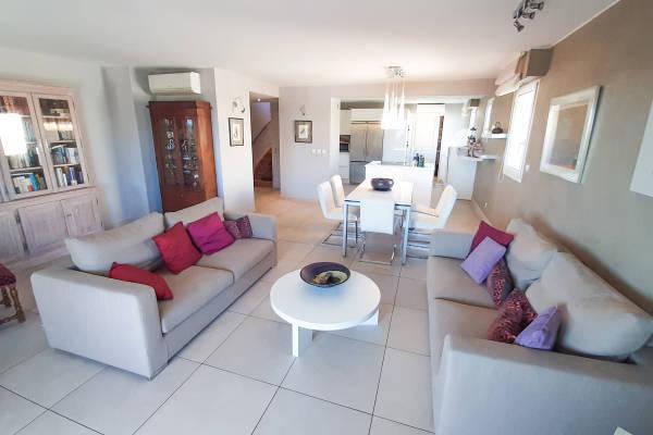 LA CIOTAT - Annonce Appartement à vendre5 pièces - 133 m²