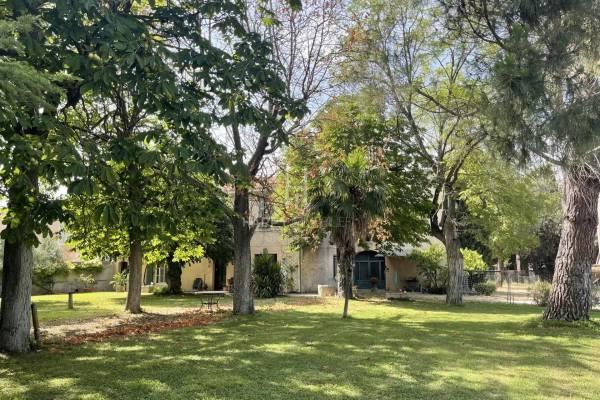 ST-MARTIN-DE-CRAU - Annonce Maison à vendre297 m²