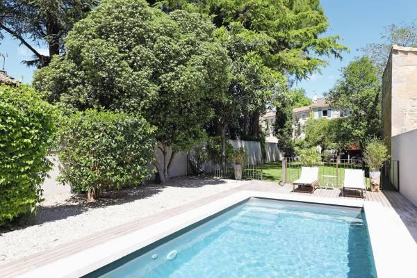 MOURIES - Annonce Maison à vendre9 pièces - 246 m²