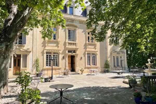 PERNES-LES-FONTAINES - Annonce Maison à vendre20 pièces - 1038 m²