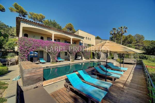 MOUGINS - Advertisement House for sale8 rooms - 600 m²