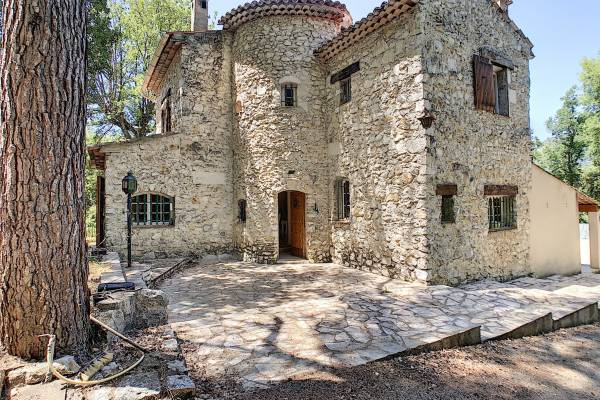 VENCE - Advertisement House for sale5 rooms - 164 m²