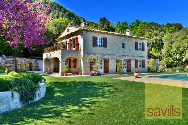 MAGAGNOSC - Advertisement House for sale5 rooms - 183 m²