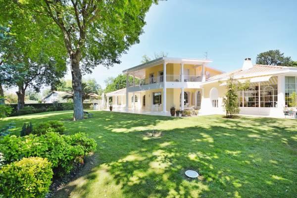 BIARRITZ - Annonce Maison à vendre7 pièces - 344 m²