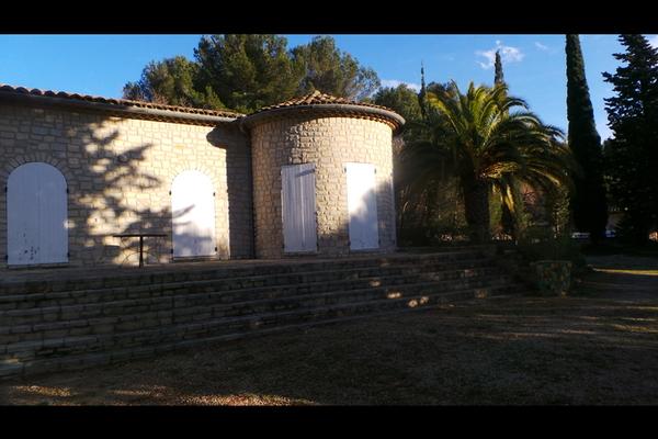 Maison à vendre à LE CASTELLET  - 5 pièces - 125 m²