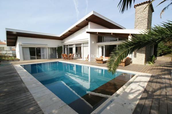 BIARRITZ - Annonce Maison à louer5 pièces - 240 m²